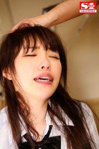XXX Video Does deep throat hurt a women s throat